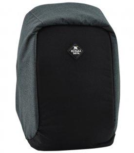 S 018 - 26 Backpacks<