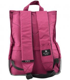 S 018 - 22 Backpacks<